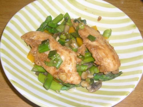 Hoisin Chicken with Steamed Vegetables